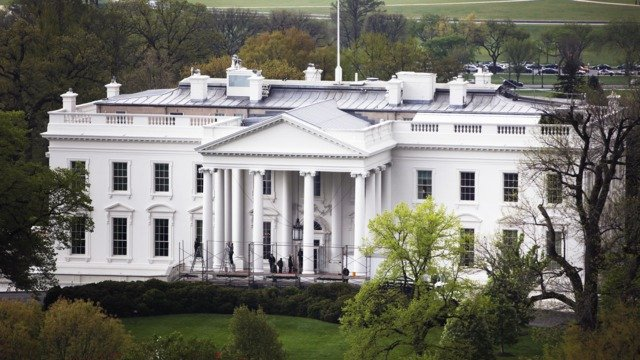 Exclusive White House Again Changes Phone Policy Amid Heightened Paranoia