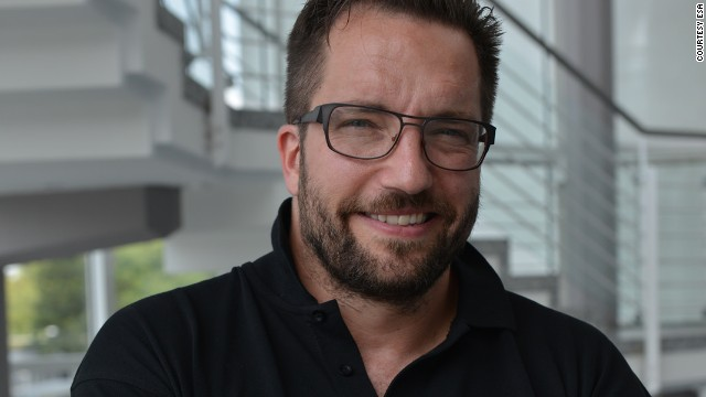 Philae researcher criticized for wearing 39 sexist 39 shirt for Matt taylor shirt buy