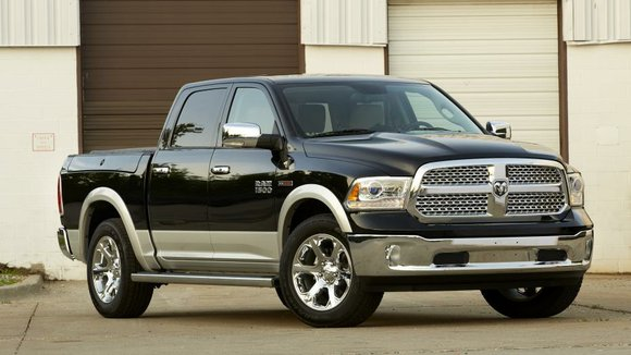 Chrysler Group led major automakers in posting robust November sales, setting the pace for what is forecast to be a ...