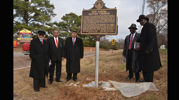 New Sardis Baptist Church, founded in 1874, is one of the oldest churches in Shelby County. Standing proudly next to the historical marker are Dr. L. LaSimba Gray Jr. (left), Dr. Freddy Everson, Otis Barnett, Nathaniel Hill and Jahi Eaggleston. (Photo: Tyrone P. Easley)