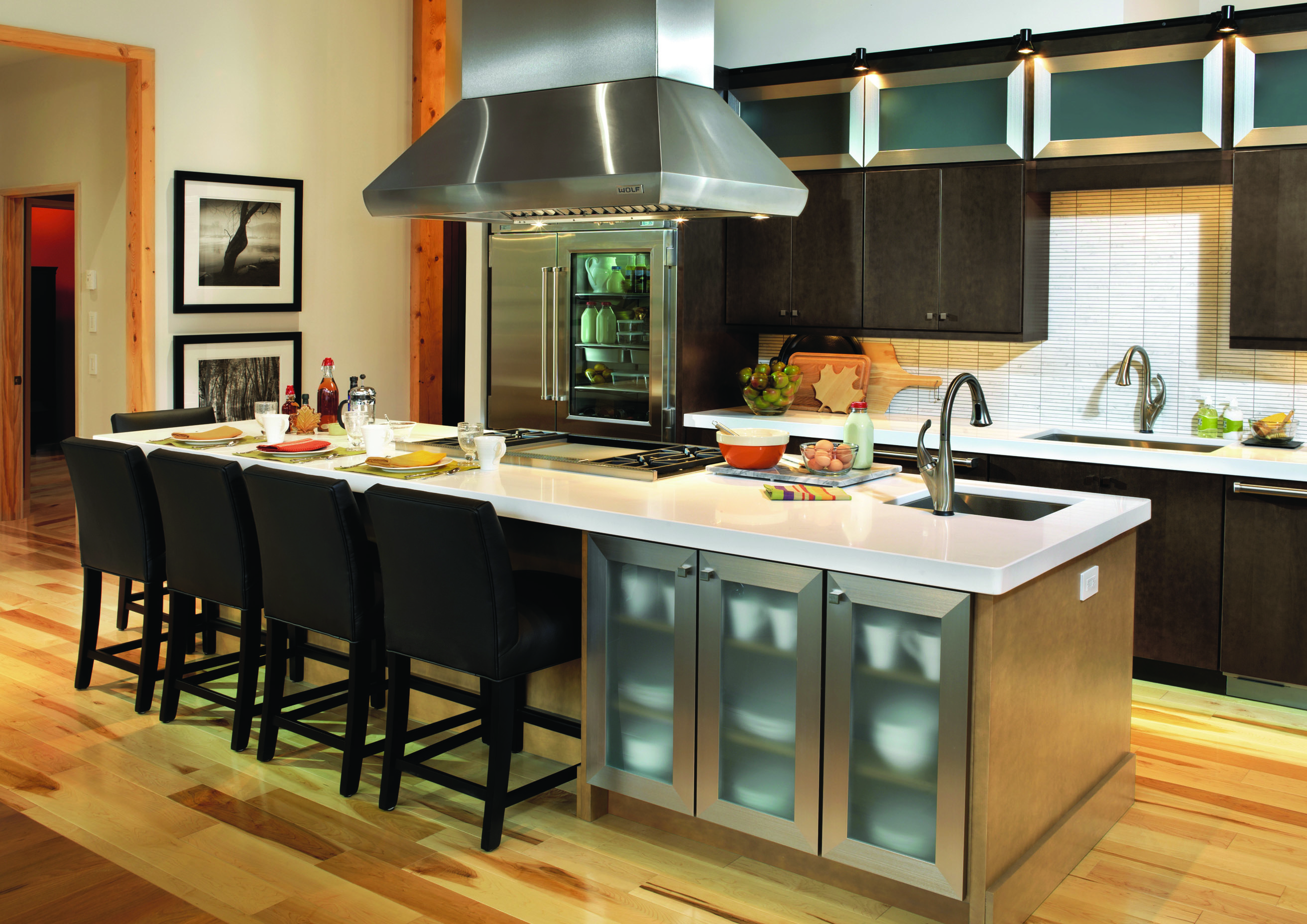 What 39 s your kitchen style houston style magazine for Kitchen island houston