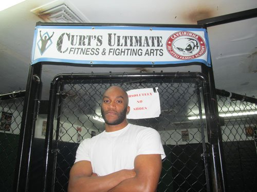 Fighting out of northeast Portland's Curt's Ultimate Fitness & Fighting Arts gym, Isaac Shelton enters 2014 undefeated awaiting a March ...