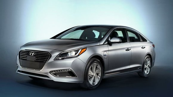 The Hyundai Sonata Plug-in Hybrid gets a 9.8 kWh lithium polymer battery (that's about five times the size of the ...