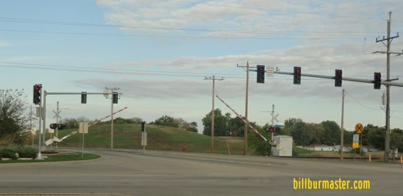 Walter strawn drive west of route 53 to close permanently for Department of motor vehicles joliet illinois