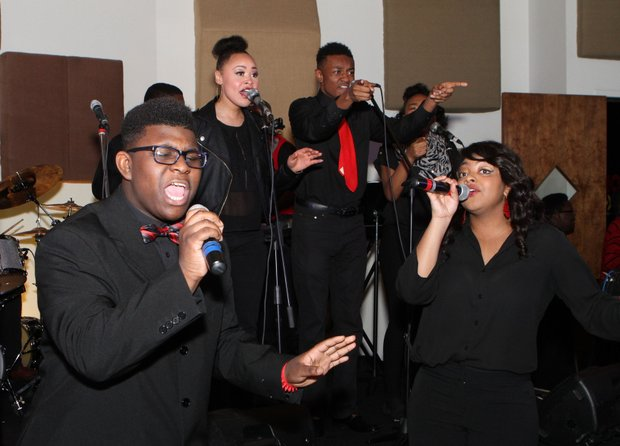 At Staxtacular 2015, the students of Stax Academy put on a noteworthy performance amid the musical heritage of the Stax Museum and the crowd that joined a host of Memphis Grizzlies stars for the annual benefit. Story and more photos on Community, page 15. (Photo: Warren Roseborough)