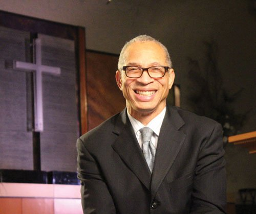 Despite the removal of a kidney and five weeks of recovery, doctors have told Pastor Hardy he's nearing the end ...