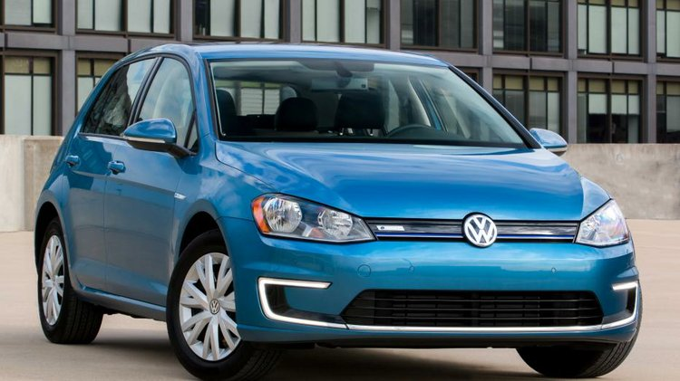 Volkswagen introduces lower-priced e-Golf Limited Edition