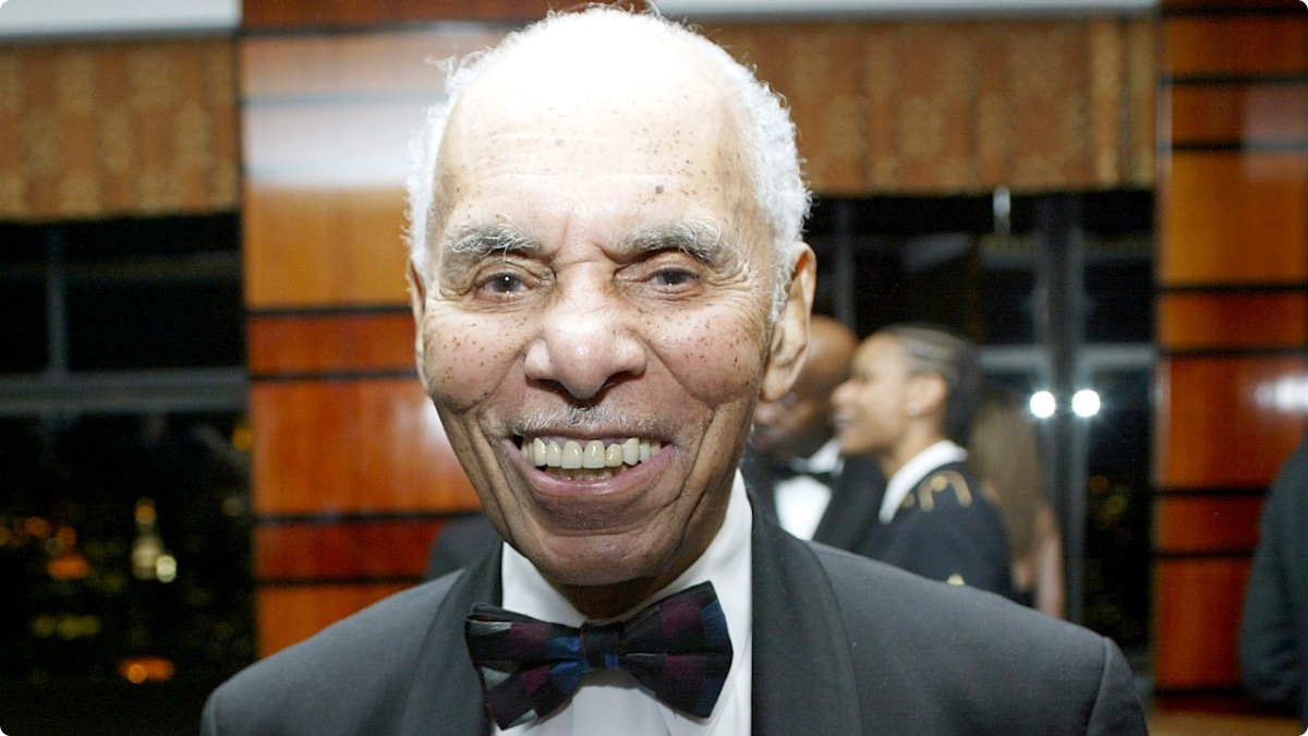 Post office named after Tuskegee Airman Roscoe C. Brown Jr ...