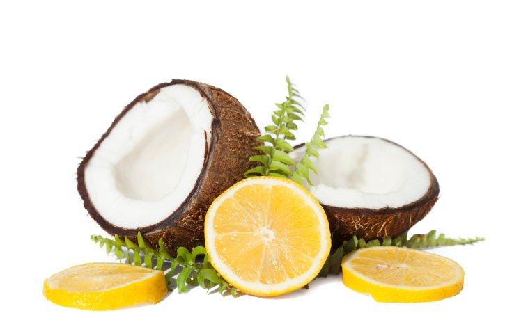 aceite de coco y limón para las canas