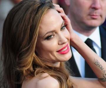 Actress Angelina Jolie announced in a New York Times op-ed article on Tuesday that she underwent a preventive double mastectomy ...