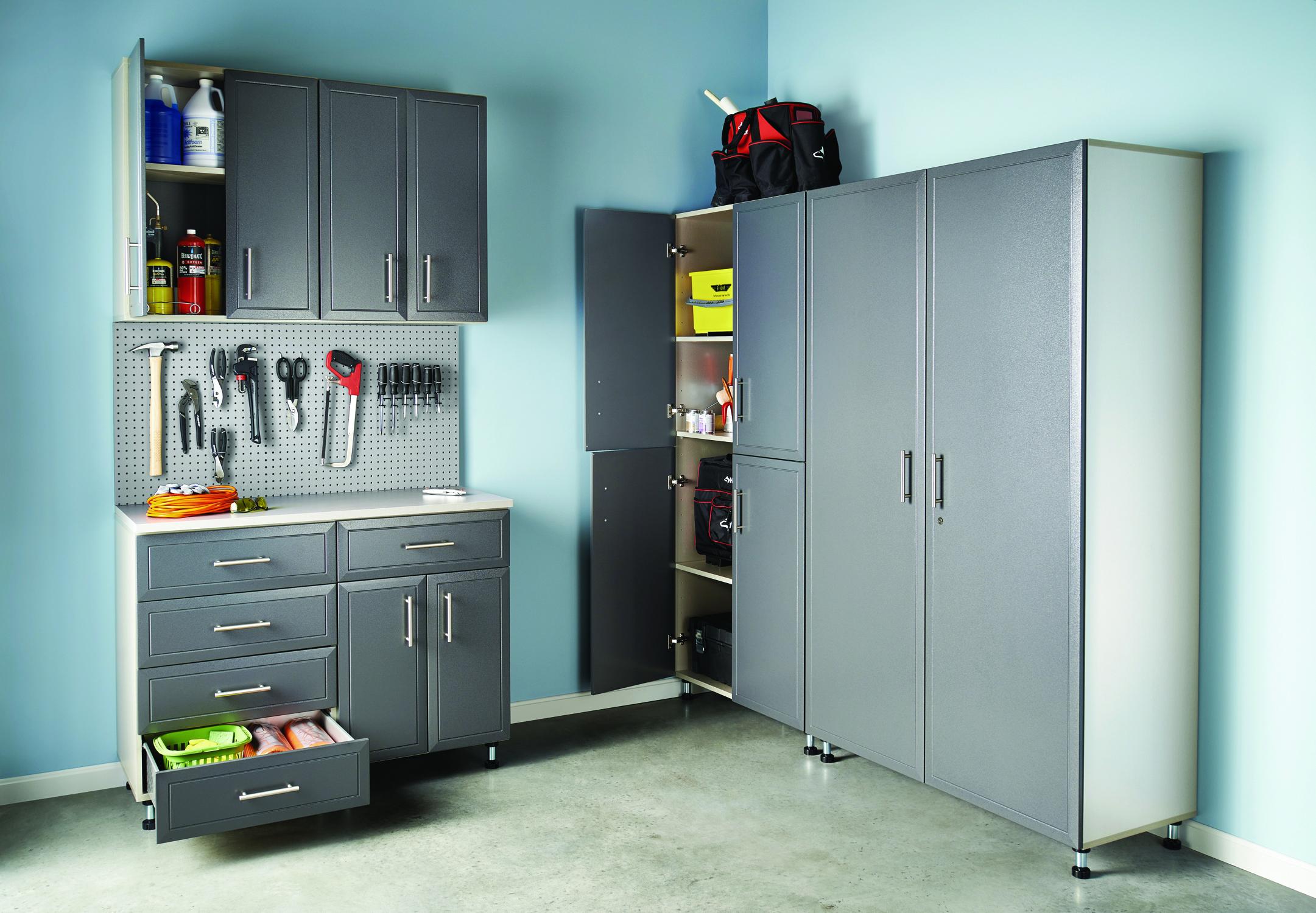 Maximizing your storage space houston style magazine for Maximize garage storage