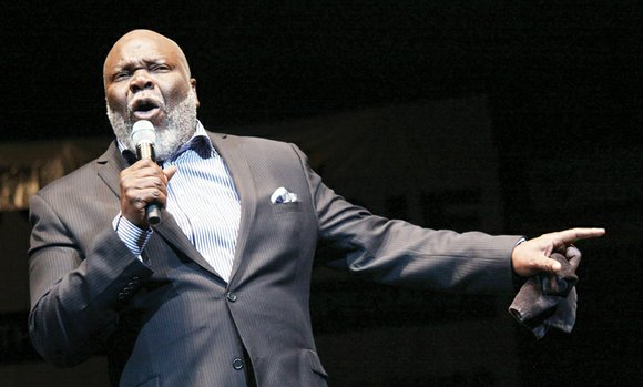 Bishop T.D. Jakes strutted, danced, shouted and spoke in hushed tones Saturday, adding a thunderous exclamation mark to the 2015 ...
