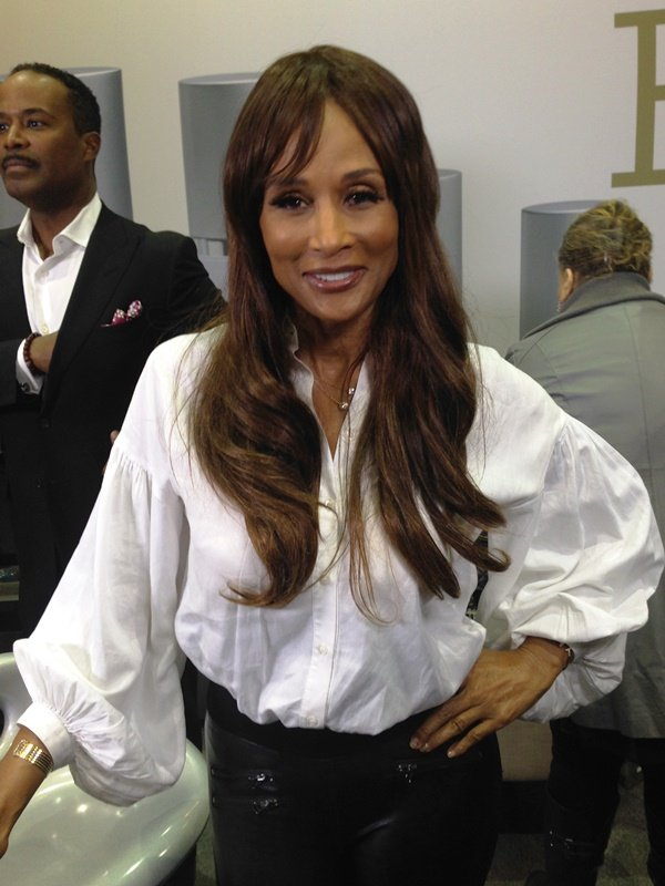 Beverly Johnson,  former supermodel,  first African American woman to appear on the cover of Vogue Magazine, was one of the exhibitors and speakers at The 21st Annual Black Women's Expo over the weekend.  The Black Women's Expo  cultivates an environment for African American women of all ages and backgrounds to gather for discussions on their daily and lifelong challenges and successes.  Once again at McCormick Place, 2301 S. Martin Luther King Dr. in Chicago.