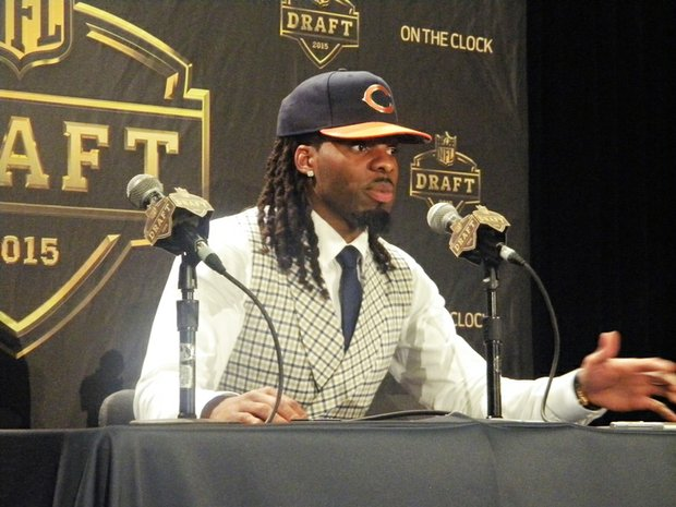 Chicago Bears 2015 first round pick, Kevin White, addresses the media.