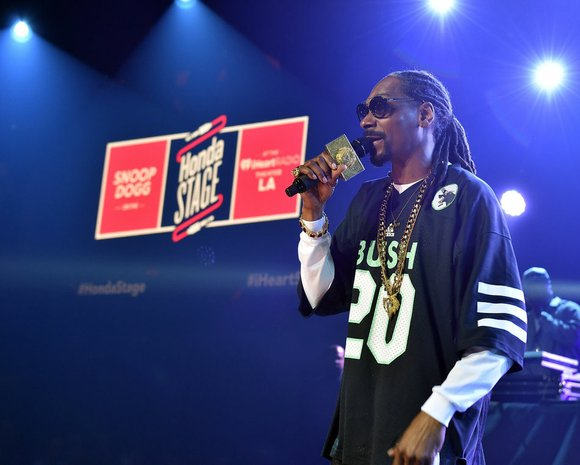 "Snoop Dogg spoke on the rumored blockbuster tour on DJ Whoo Kid's ""The Whoolywood Shuffle"" radio show."