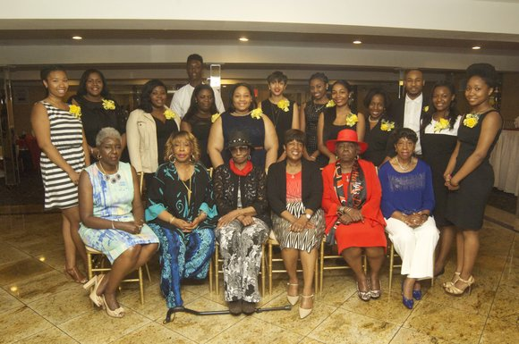 Eastwood Manor Supper Club in the upper Bronx held its seventh annual scholarship awards ceremony and dinner for 15 recipients, ...