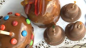 """In addition to toffee, the company also produces many other types of sweet treats, including caramel apples and """"Lincoln hats."""""""