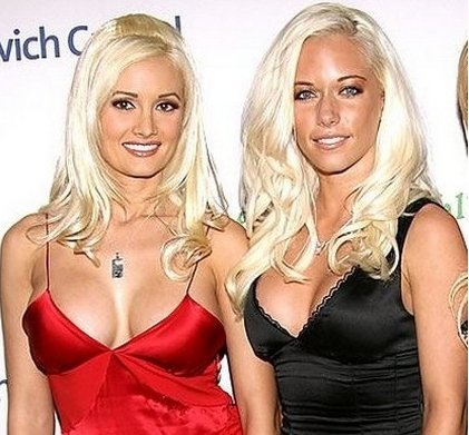 Holly_Madison_and_Kendra_Wilkinson_t580.