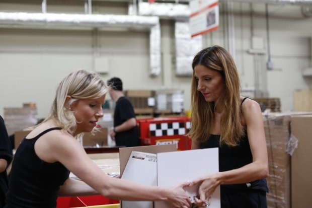 Sophie Kallinis LaMontagne(l.) and Katherine Kallinis Berman(r.) of TLC's DC CUPCAKES