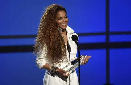 Janet Jackson took to Twitter on Monday night to make several big announcements about her family and her return to ...