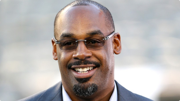 Former NFL quarterback Donovan McNabb has again been arrested in Arizona for suspicion of drunk driving.