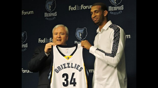 General Manager Chris Wallace said the Grizzlies first tried to lure Brandan Wright to Memphis in 2013. Next season, Wright will wear No. 34 and backup No. 33 – Grizz center Marc Gasol. (Photo: Karanja A. Ajanaku)