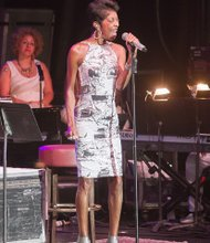 Richmond Jazz Festival brings the music to Maymont- R&B star Natalie Cole hits all the right notes.