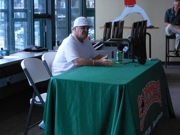 Pete Rose spoke with fans before guest-coaching the Joliet Slammers Wednesday night at Silver Cross Field.