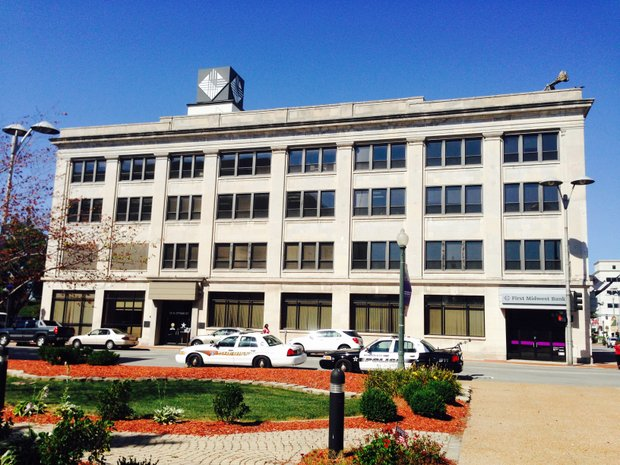 The new Will County Courthouse will be built on the site of the former First Midwest Bank building on West Jefferson Street, directly across the street from the existing courthouse in downtown Joliet.