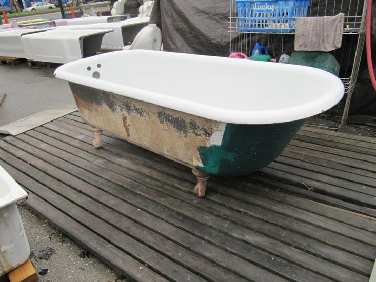 Troy selling piano, clawfoot tub, hardware to benefit sports fields ...