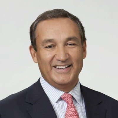 United Continental Holdings, Inc. (NYSE: UAL) today announced that it has named Oscar Munoz as president and chief executive officer. ...