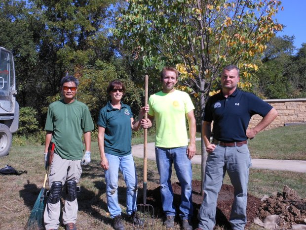 "Volunteers for the ""Saluting Branches"" event included (l-r) Erick Bustria, Joliet arborist Jim Teiber, Peggy Drescher and Mark Nega of Rainbow Treecare in Chicago."