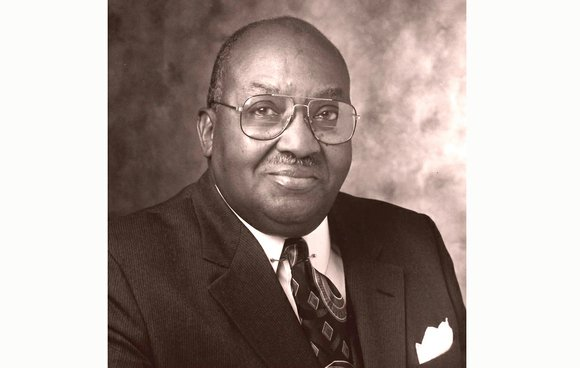 Dr. Allix B. James, VUU president emeritus, dies at 92