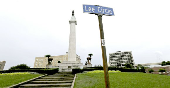New Orleans' leaders on Thursday made a sweeping move to break with the city's Confederate past when the City Council ...