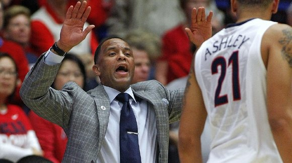 Portland native and NBA Rookie of the Year Damon Stoudamire has been hired as the new coach at the University ...
