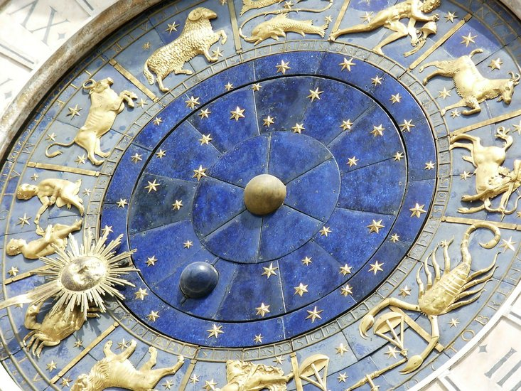 Horoscopes with Ashley's Aquarian Age, August 29 - Sept  4