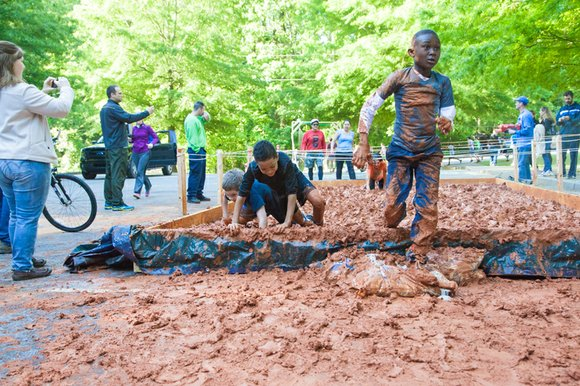 There's still time to sign up for the second annual Chamblee Fun Mud Run that benefits the Chamblee Middle School ...