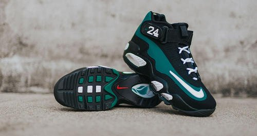 75dd3f32f48 Nike giving the nod Ken Griffey Jr. ahead of his Cooperstown induction.  Nike Air Griffey Max 1