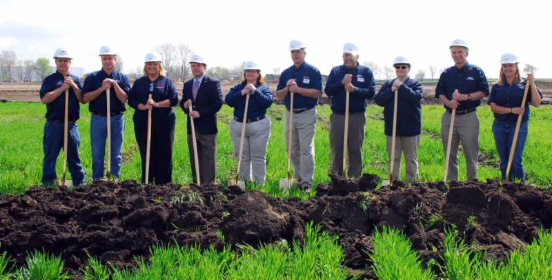 romeoville breaks ground on new blains farm  u0026 fleet store
