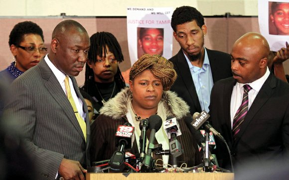 Cleveland officials have agreed to pay $6 million to settle a lawsuit filed by the family of Tamir Rice, a ...