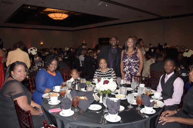 Darnysha Carter, DeAnn Graham, Reigne Holloway, Cynthia Clay, Sedrick Thomas, Sr., Ta Lese Morrow (Co-Publisher), and guest.