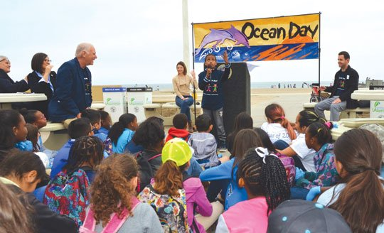 More than 4,000 Los Angeles students, teachers and volunteers recently participated in the 23rd annual Kids Ocean Day Adopt-A-Beach Clean-Up ...