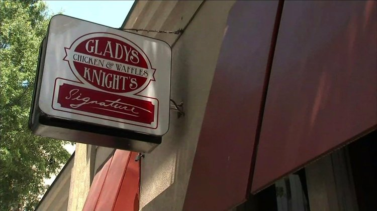 Gladys Knight S En And Waffles An Atlanta Dining Insution That Features Southern Favorites Is