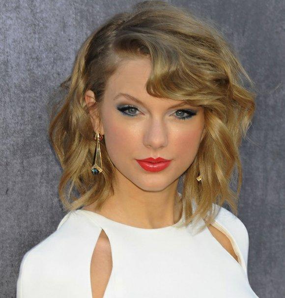 Taylor Swift Takes on YouTube   Houston Style Magazine