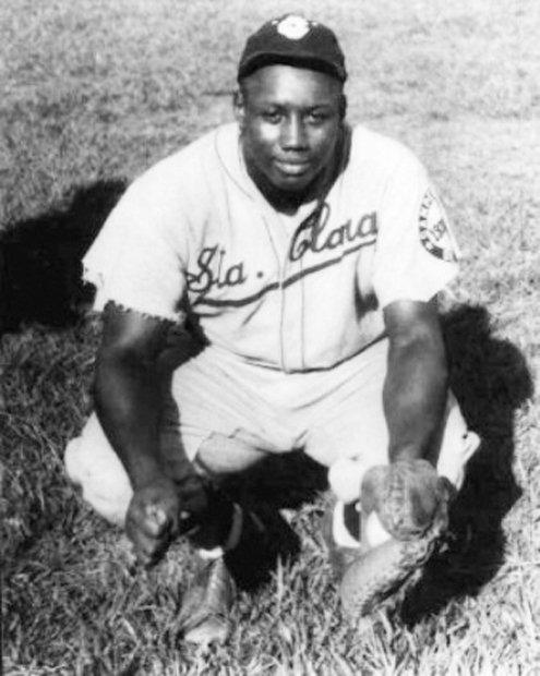 Gibson, the home run king, died in January 1947 at age 35, just months before Jackie Robinson signed with the Brooklyn Dodgers.