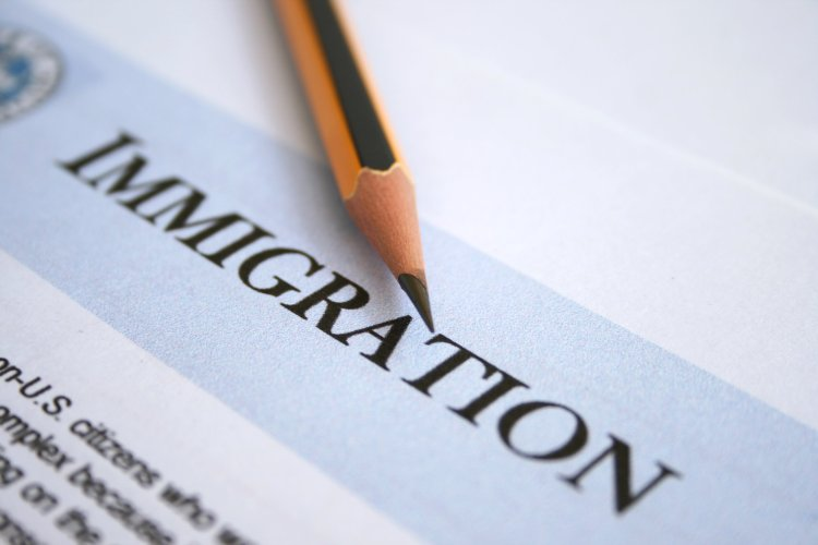 Us Immigration Fees Could Go Up By The Fall New York Amsterdam