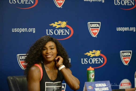 Serena Williams has given birth to a baby girl, according to her coach and the US Open's official Twitter account.