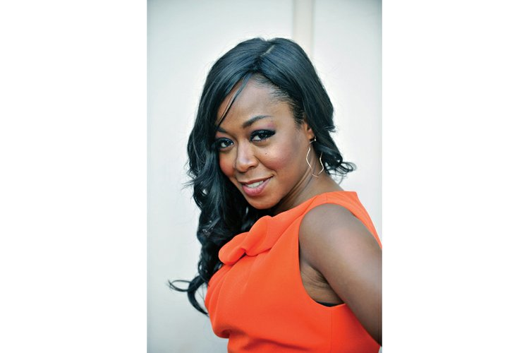 actress tichina arnold fires up local campaign volunteers richmond