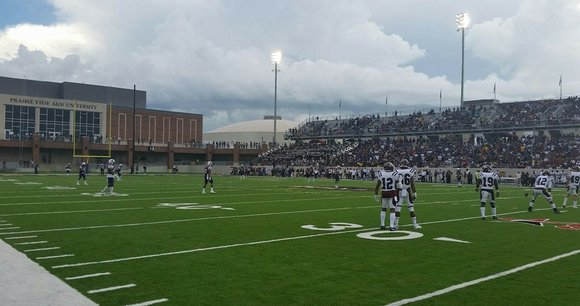 It wasn't easy, but rivalry games seldom are. Throw in a pair of weather delays on the occasion of the ...