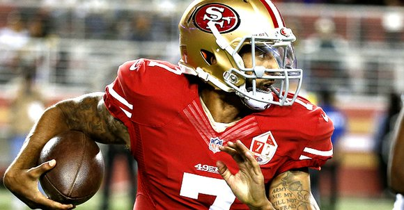 Letting his hair go au naturel and sprinting between drills as usual, Colin Kaepernick took the field Sunday with the ...